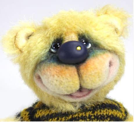 Buzz Bear Face