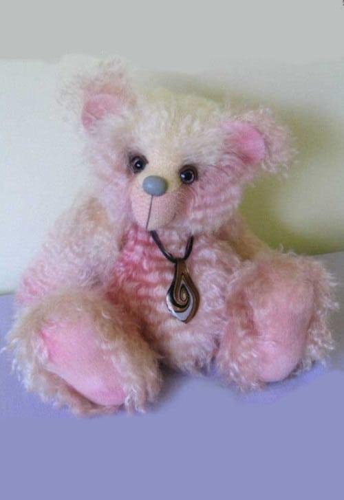 Buffy Bear by Lyn Clapham