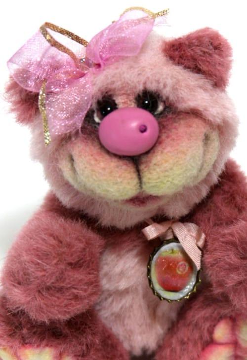 Pinkie Face